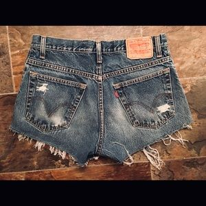 levi strauss shorts